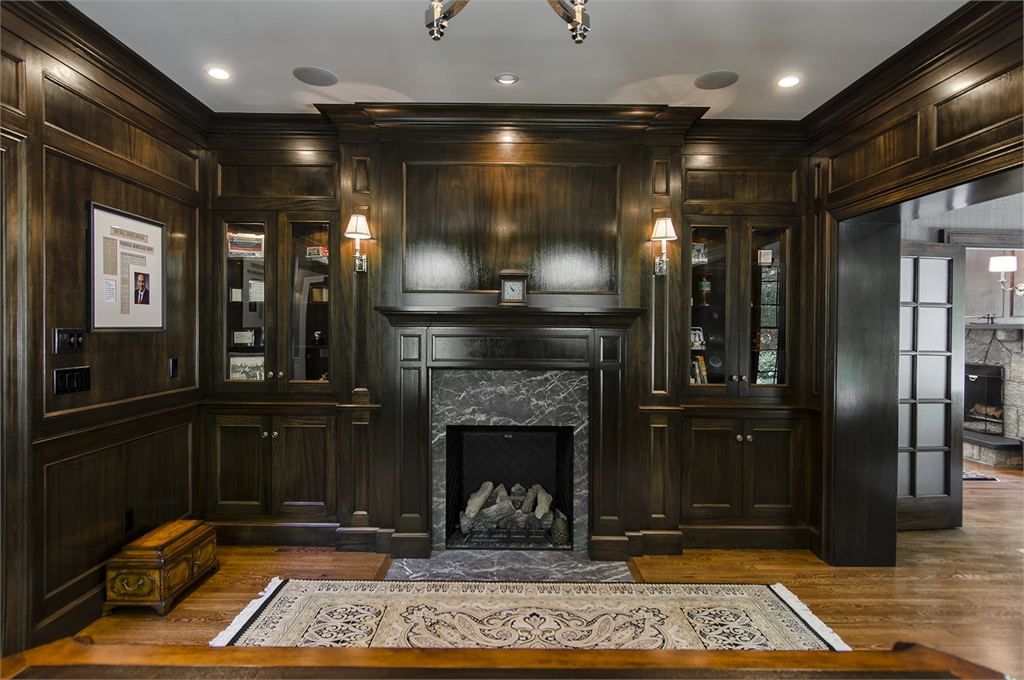 Residences transitional at home design llc for Design homes llc